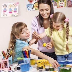 childminder1-400x359-3-300x300